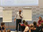Алексей Полковников выступил перед школьниками